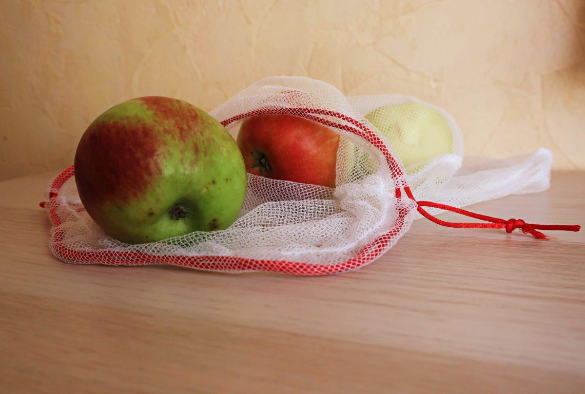 Woreczki na owoce i warzywa z firanki